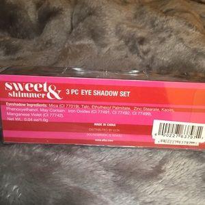Ulta Beauty Makeup - Sweet & shimmer 3 pc eye shadow set
